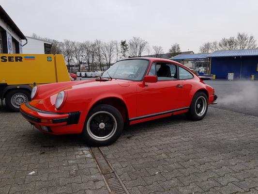 Porsche_911G_red